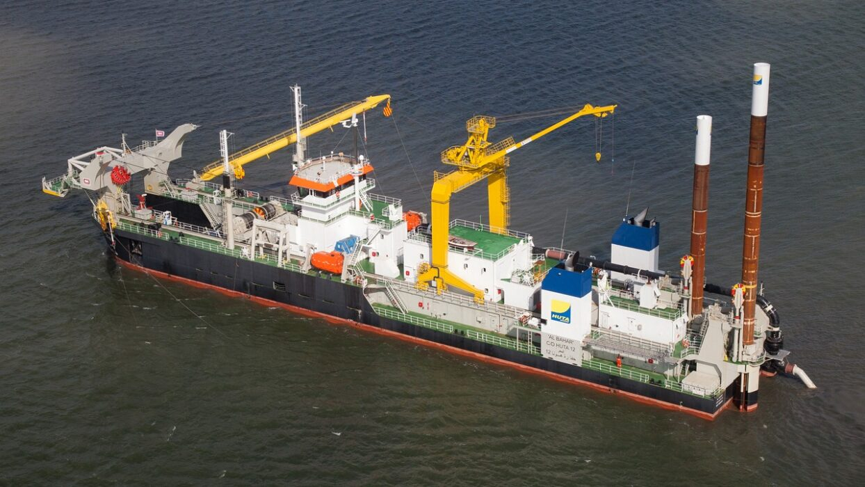 Offshore fleet Indian Master for TSHD 250$ p/d