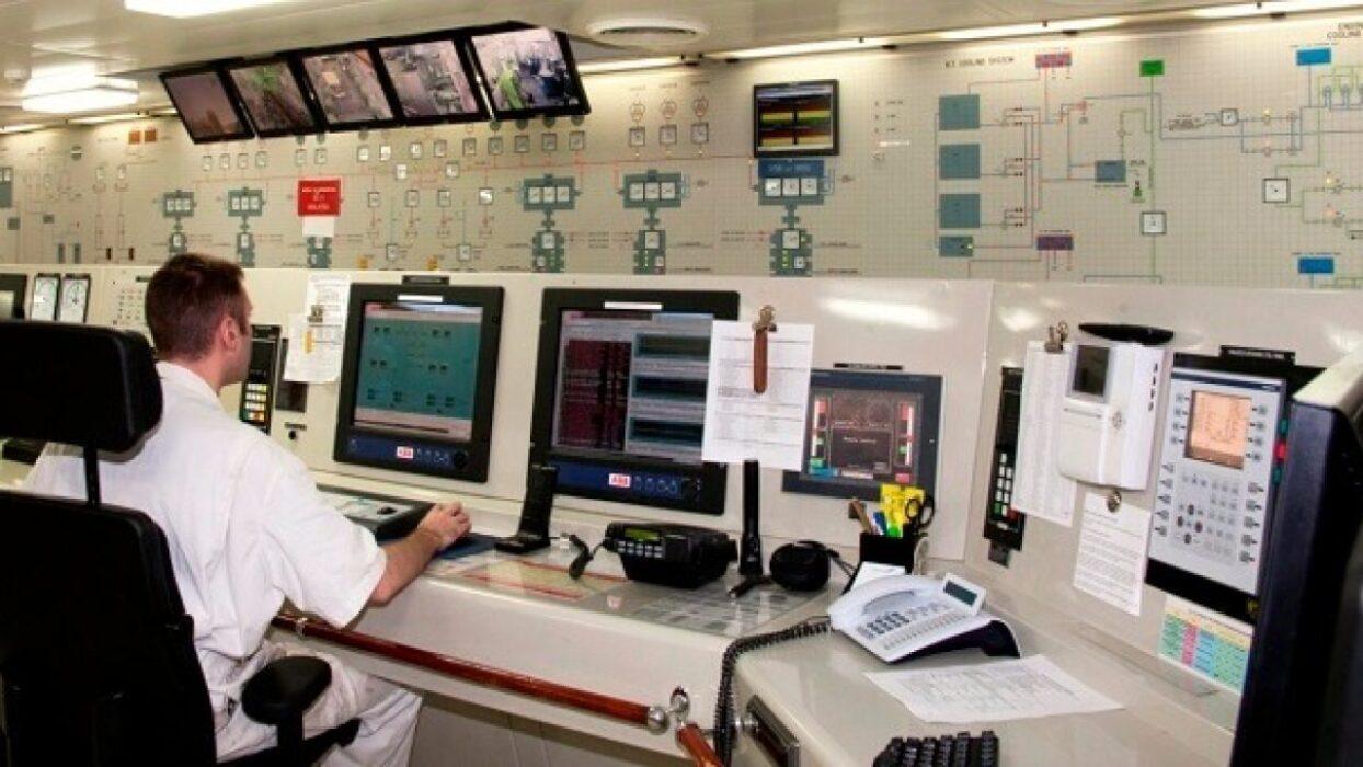 OFFSHORE OPERATOR E/L TECHNICIAN FOR OIL RIG
