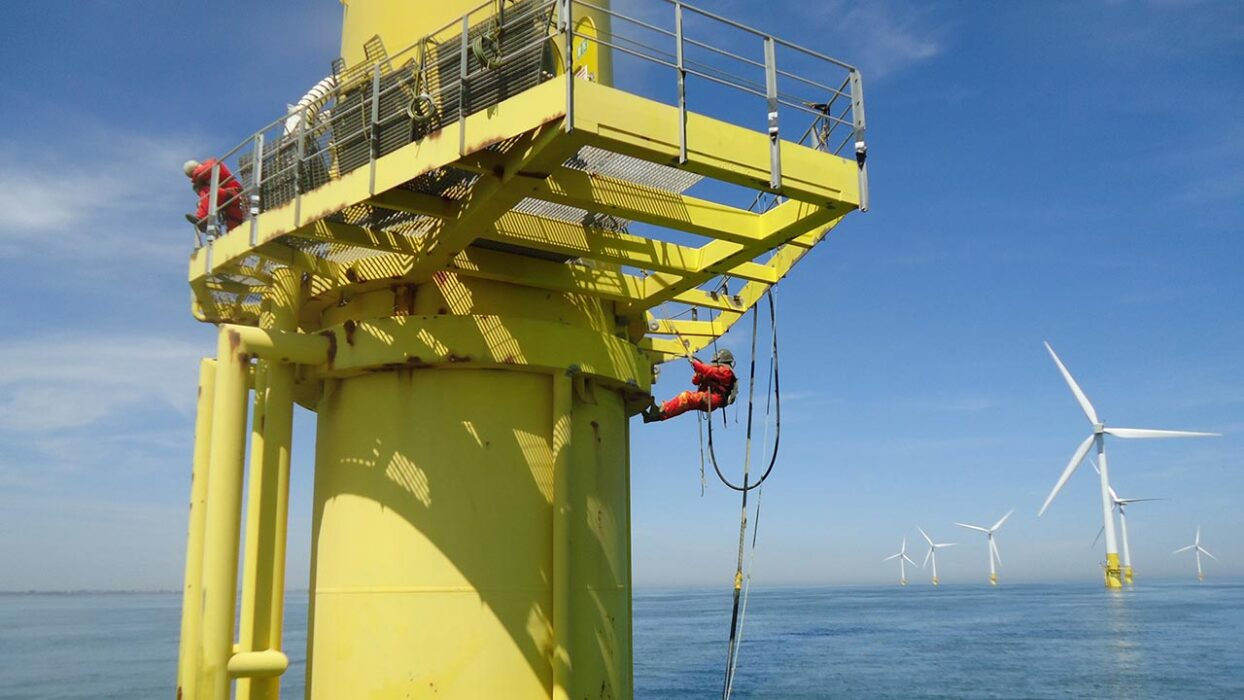 OFFSHORE FLEET 4 x RIGGER FOR JACK UP 220€  P/D