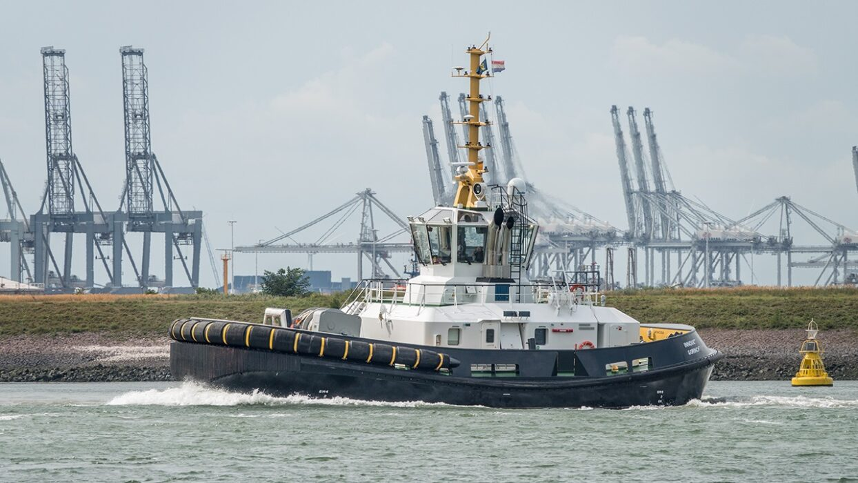 Offshore fleet Master for Asd Tug 375€ p/d