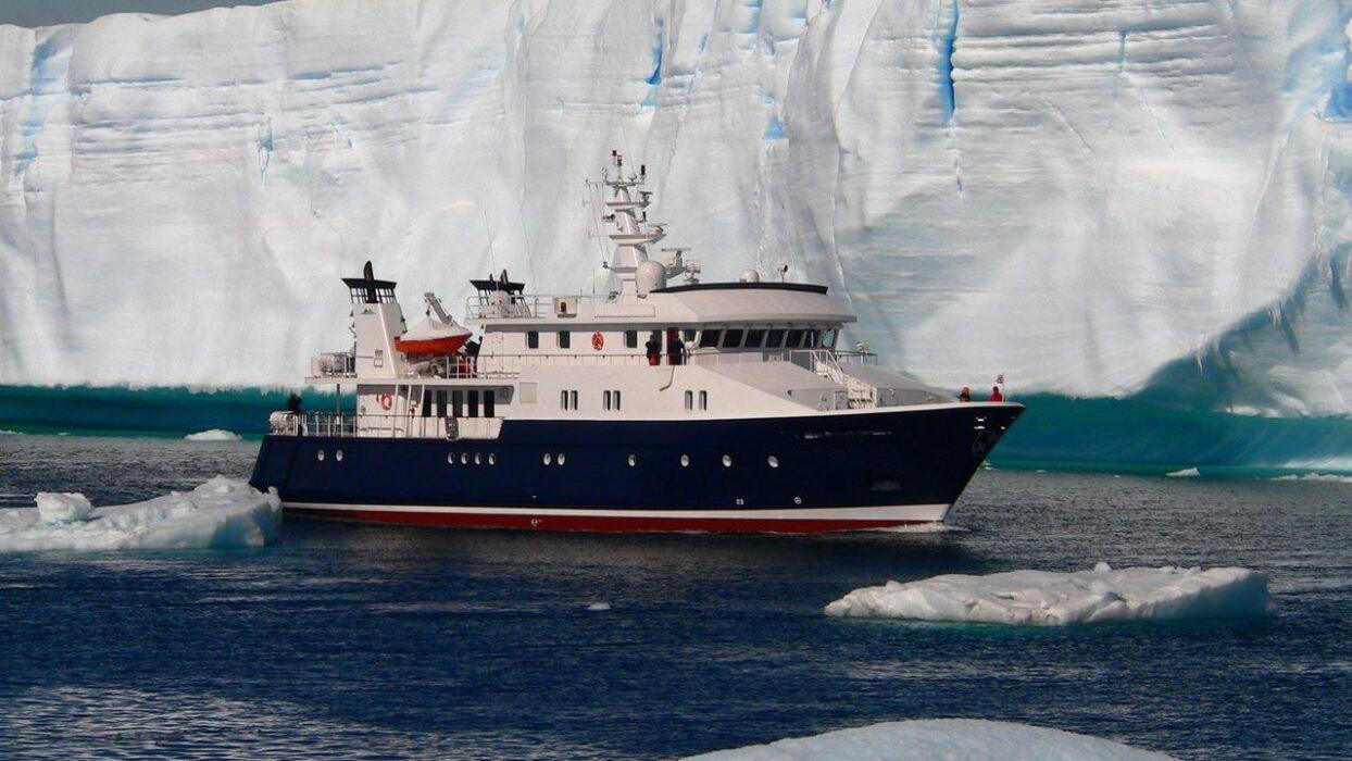 Merchant fleet fleet Master for Passenger 11000£ p/m