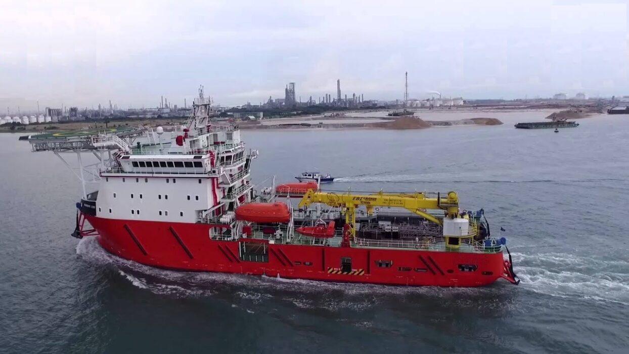 Offshore Fleet ETO for OSV ROV DP2 300€ P/d