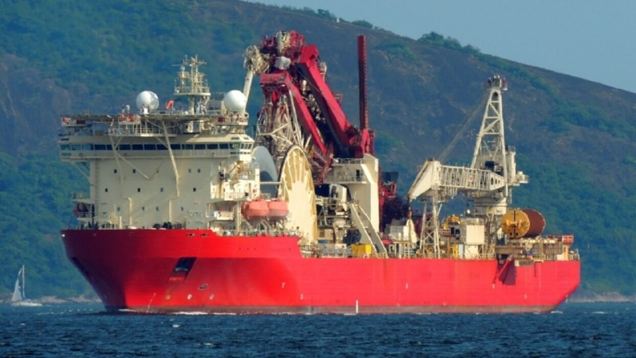 OFFSHORE FLEET 3 ENGINEER FOR PLV DP3 260EUR P/D