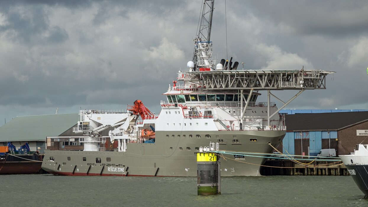OFFSHORE FLEET FOREMAN FOR AHTS 275EUR P/D