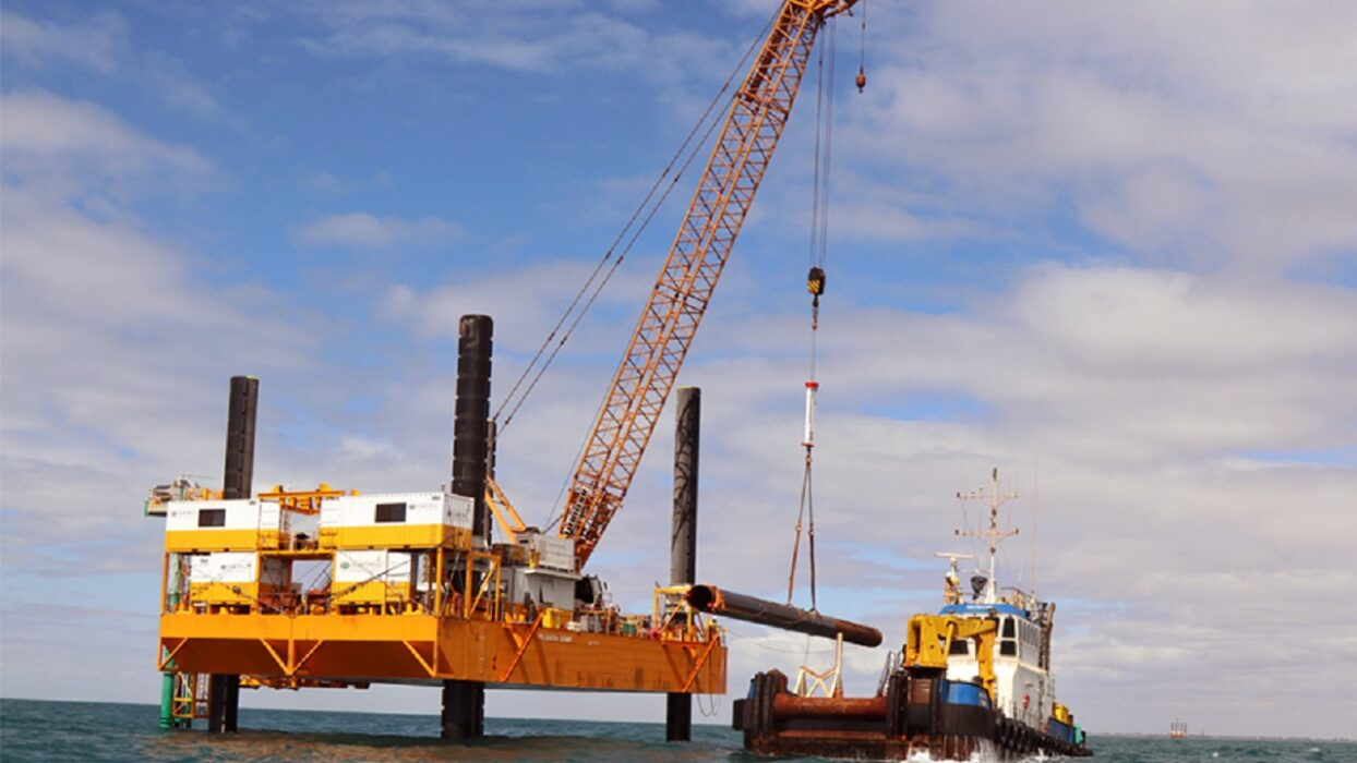 OFFSHORE FLEET CRANE OP.3 FOR JUV DP2 450EUR P/D