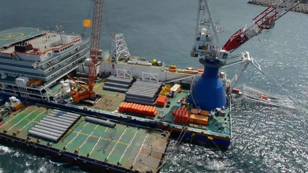 OFFSHORE FLEET 2 x TOWER OPERATOR FOR PLB 215EUR P/D
